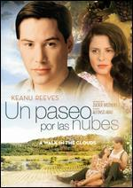 A Walk in the Clouds [Spanish]