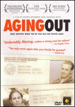 Aging Out - Roger Weisberg; Vanessa Roth