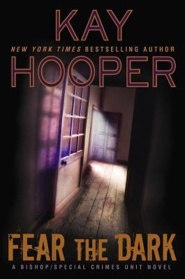 Fear the Dark - Hooper, Kay