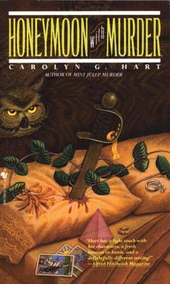 Honeymoon with Murder - Hart, Carolyn