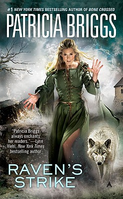 Raven's Strike - Briggs, Patricia