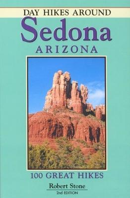 Day Hikes in Hawaii: 90 Great Hikes on Kauai, Maui, Oahu - Stone, Robert