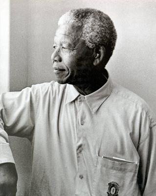 Mandela: An Illustrated Autobiography - Mandela, Nelson