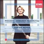 Mozart: Klarinettkonzert; Claude Debussy: Première Rhapsodie; Toru Takemitsu: Fantasma/Cantos
