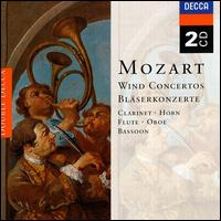 Mozart: Wind Concertos - Barry Tuckwell (horn); David McGill (bassoon); Gervase de Peyer (clarinet); John Mack (oboe); William Bennett (flute)