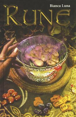 Runes Guidebook - Luna, Bianca