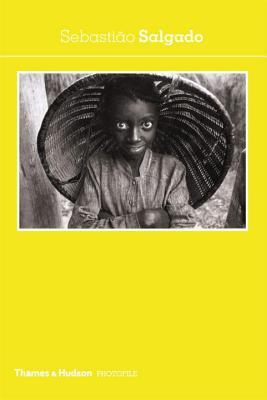 Sebastião Salgado - Salgado, Sebastiao (Photographer), and Caujolle, Christian (Introduction by)