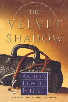 The Velvet Shadow - Hunt, Angela Elwell